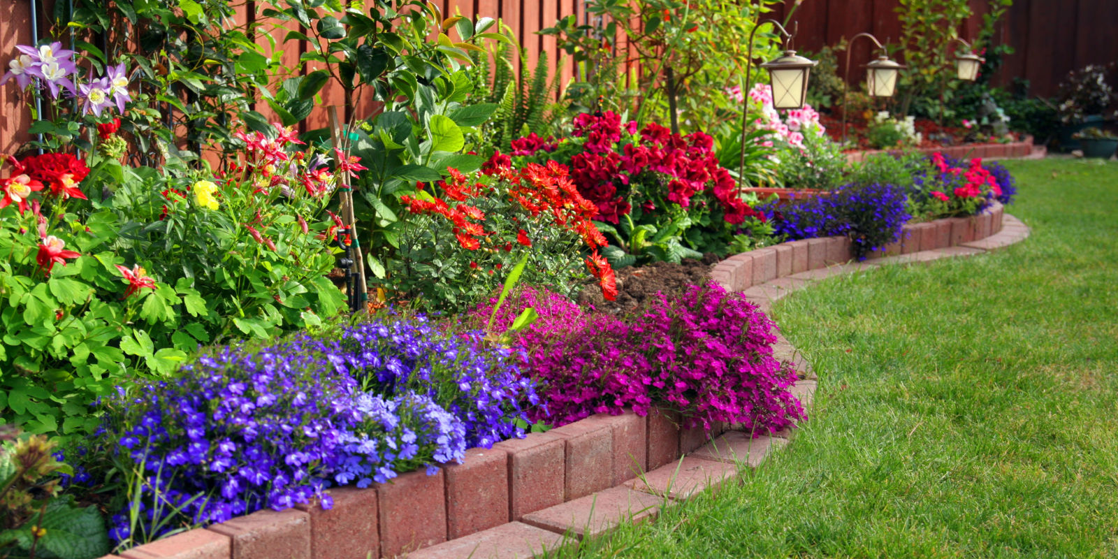 How to create the perfect garden in four easy steps for Simple flower garden design