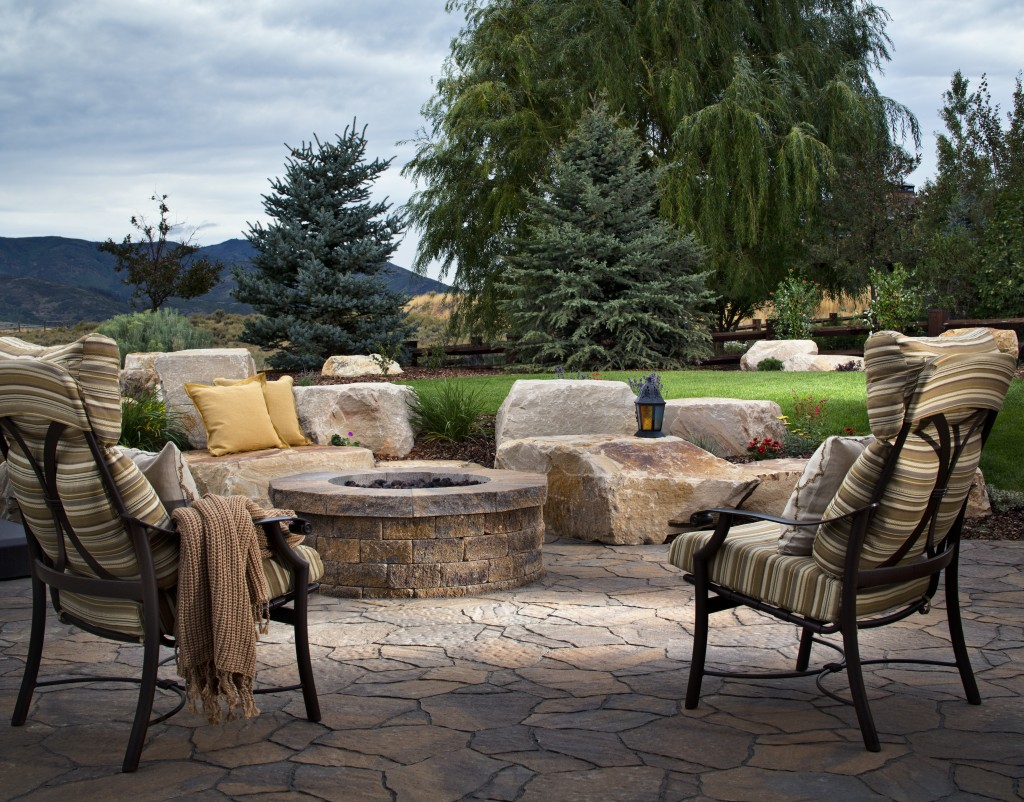 How To Clean Your Patio And Outdoor Furniture Clickhowto